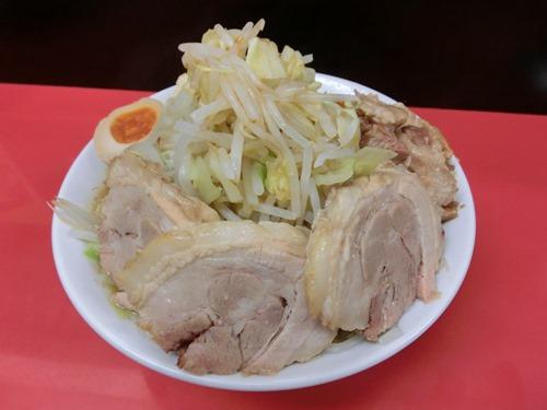 ラーメン(並)+小豚(200円)